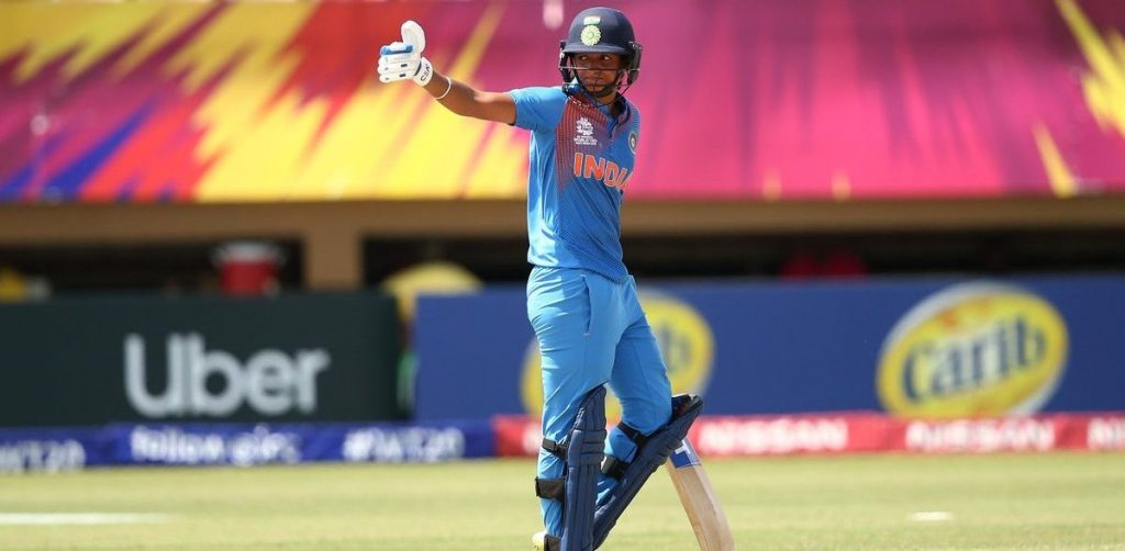 Harmanpreet Kaur in action. ©ICC