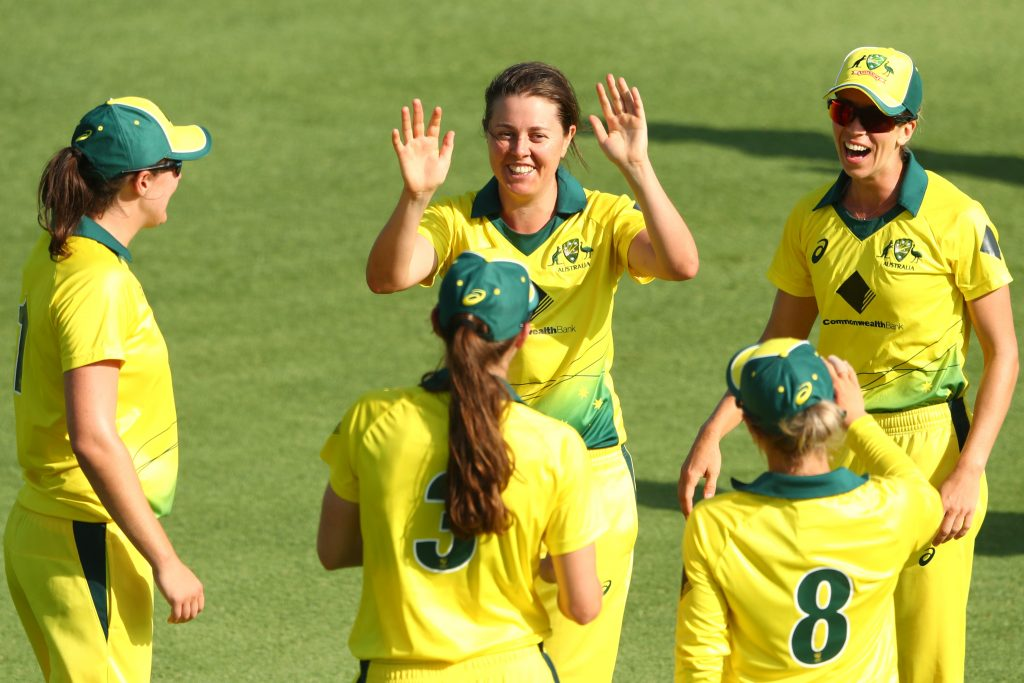 Molly Strano celebrates a wicket. © Getty Images