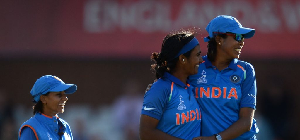 Shikha Pandey and Jhulan Goswami have formed a lethal new-ball pair for India. © Getty Images