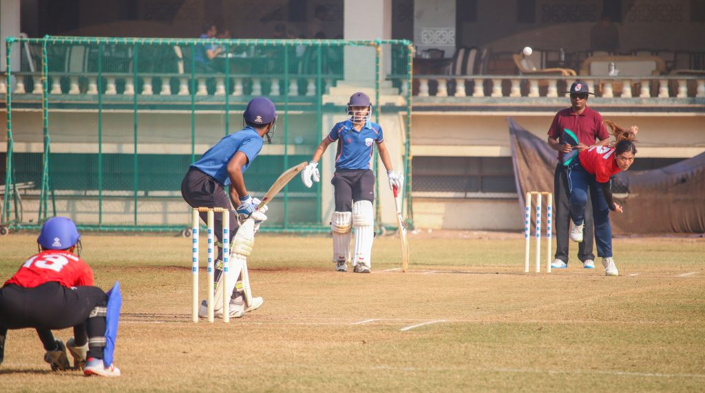 Chanida Sutthiruang bowls in a practice game. © Women's CricZone