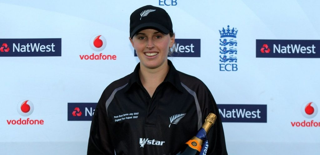 Amy Satterthwaite won the 'Player of the Match' award for her 6-fer. © Getty Images